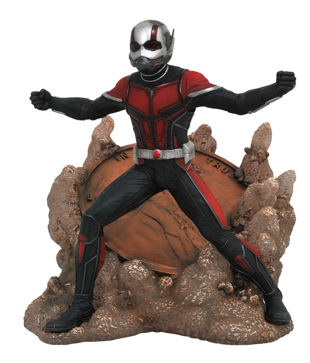 Photo du produit ANT-MAN AND THE WASP MARVEL MOVIE GALLERY STATUETTE ANT-MAN 23 CM