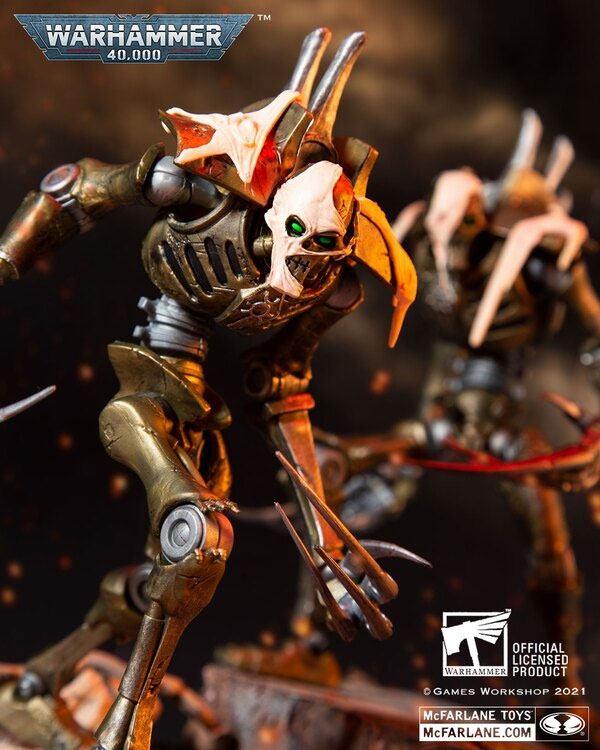 Photo du produit Warhammer 40k figurine Necron Flayed One 18 cm