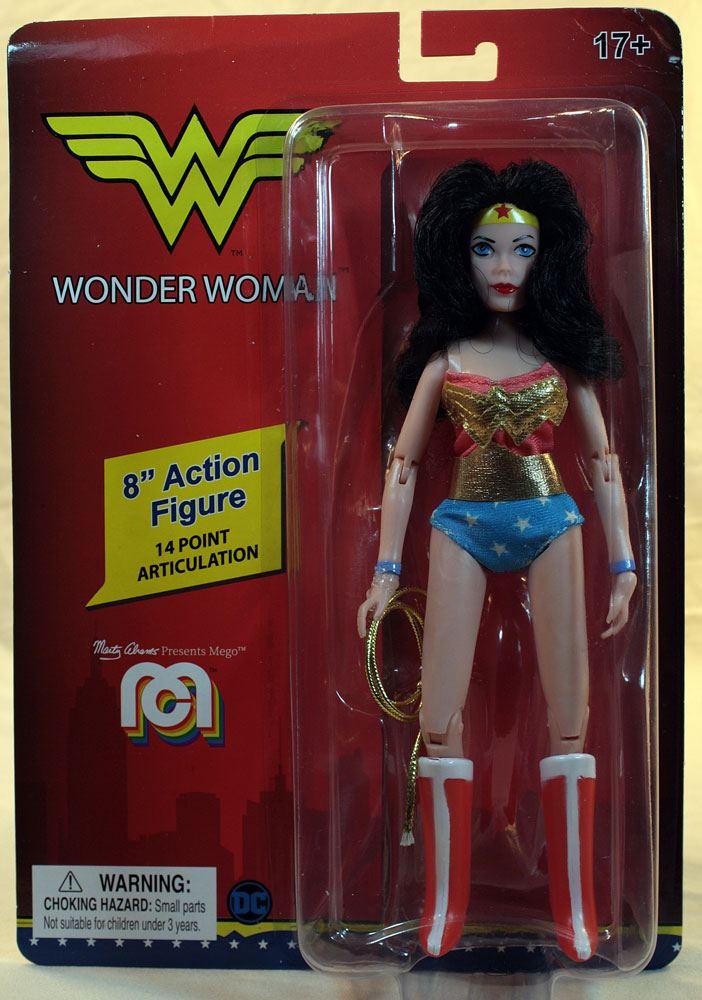 Photo du produit DC COMICS FIGURINE RETRO WONDER WOMAN 20 CM