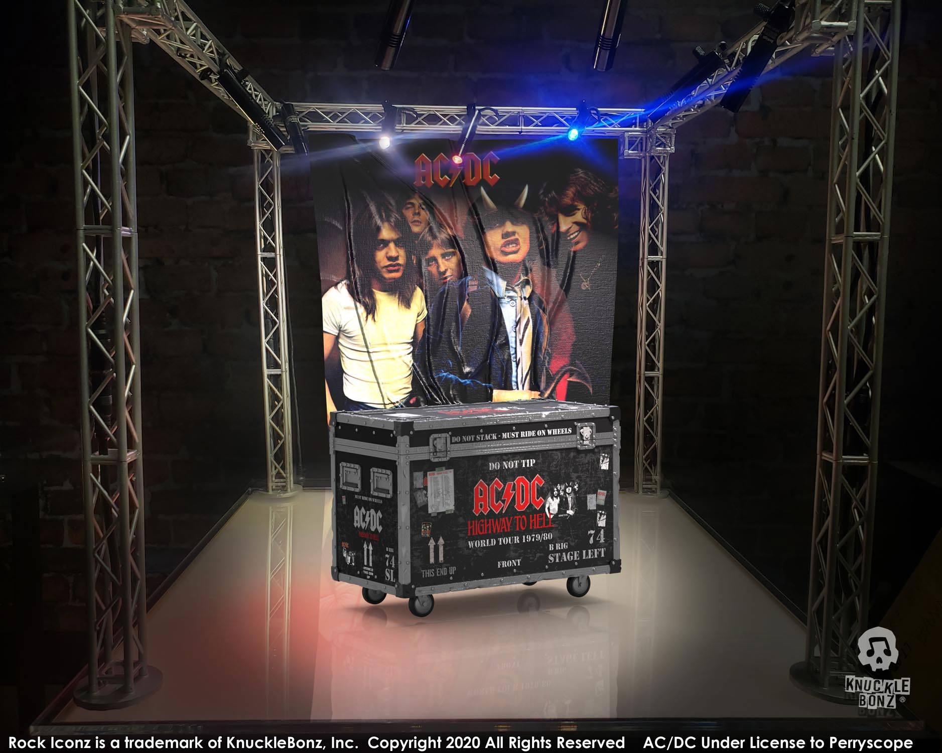 Photo du produit AC/DC STATUETTE ROCK IKONZ ON TOUR HIGHWAY TO HELL CAISSE DE TOURNÉE + DÉCOR DE SCÈNE