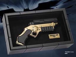 Photo du produit BATMAN THE DARK KNIGHT REPLIQUE 1/1 GRAPNEL GUN