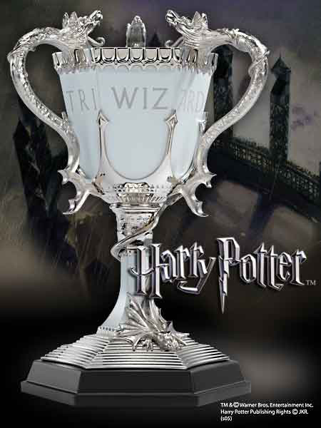Photo du produit HARRY POTTER REPLIQUE TRIWIZARD CUP (COUPE DES 3 SORCIERS) 20 CM