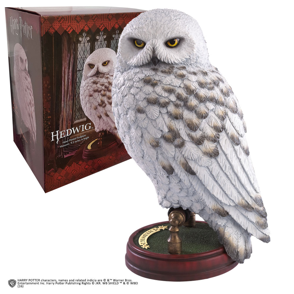 Photo du produit HARRY POTTER STATUETTE MAGICAL CREATURES HEDWIGE 24 CM