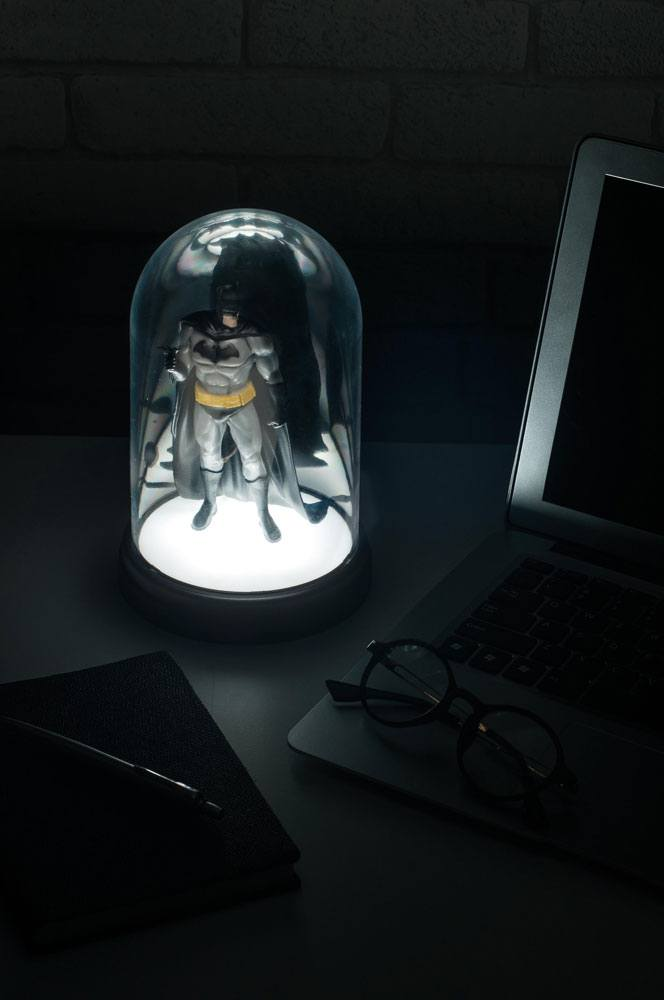 Photo du produit BATMAN LAMPE COLLECTABLE BATMAN 20 CM