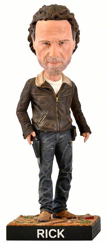 Photo du produit FIGURINE ROYAL BOBBLES WALKING DEAD BOBBLE HEAD RICK 20 CM
