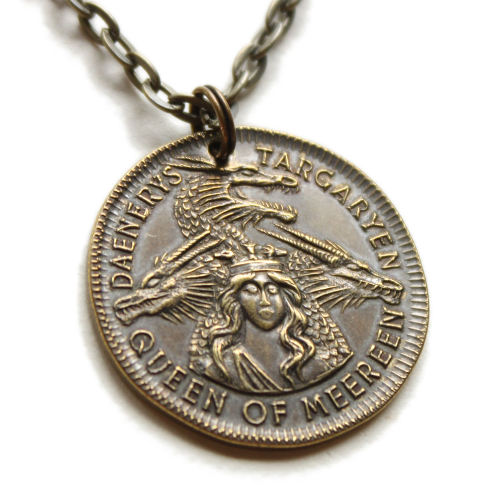 Photo du produit LE TRONE DE FER PENDENTIF ET COLLIER DAENERYS TARGARYEN MARK OF MEEREEN