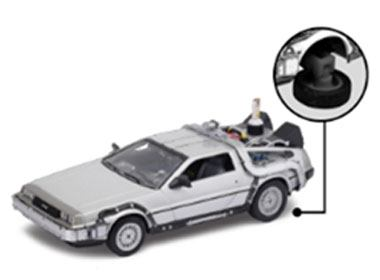 Photo du produit RETOUR VERS LE FUTUR II DELOREAN LK COUPE 1981 1/24 MÉTAL FLY WHEEL