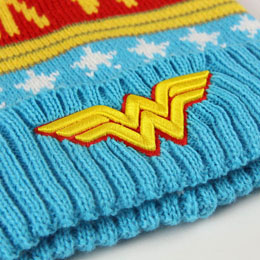 Photo du produit BONNET DC WONDER WOMAN PREMIUM Photo 3