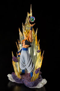 Photo du produit DRAGON BALL Z FUSION REBORN STATUETTE PVC FIGUARTSZERO SUPER SAIYAN GOGETA 28 CM Photo 2