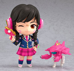 Photo du produit OVERWATCH FIGURINE NENDOROID D.VA ACADEMY SKIN EDITION 10 CM Photo 1