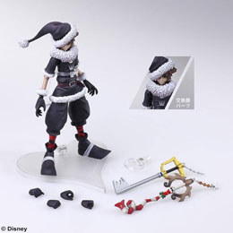 Photo du produit KINGDOM HEARTS II BRING ARTS FIGURINE SORA CHRISTMAS TOWN VER. 15 CM Photo 1