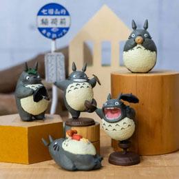 Mon voisin Totoro assortiment 6 figurines Totoro 2 5 cm