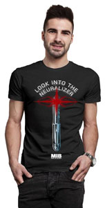 MEN IN BLACK T-SHIRT LOOK INTO THE NEURALIZER
