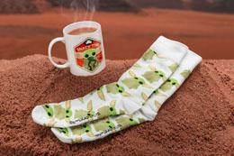 Star Wars The Mandalorian mug et chaussettes Set The Child
