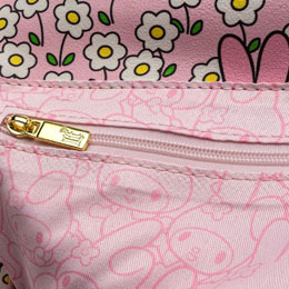 Photo du produit SAC MELODY HELLO KITTY SANRIO LOUNGEFLY Photo 3