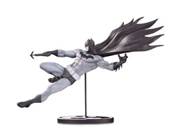 BATMAN BLACK & WHITE STATUETTE BATMAN BY DOUG MAHNKE 18 CM / EDITION LIMITEE