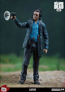 Photo du produit THE WALKING DEAD TV VERSION FIGURINE AARON EXCLUSIVE 13 CM Photo 1
