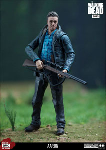 Photo du produit THE WALKING DEAD TV VERSION FIGURINE AARON EXCLUSIVE 13 CM Photo 3