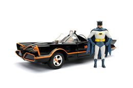BATMAN 1/24 1966 CLASSIC TV SERIES BATMOBILE METAL AVEC FIGURINE