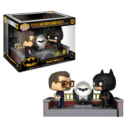 BATMAN'S 80TH FUNKO POP! MOVIE MOMENT BATMAN WITH LIGHT UP BAT SIGNAL