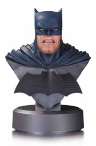BATMAN THE DARK KNIGHT RETURNS BUSTE BATMAN 30TH ANNIVERSARY