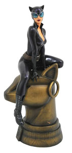 DC GALLERY STATUETTE CATWOMAN 23 CM