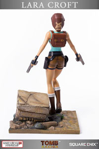 Photo du produit TOMB RAIDER STATUETTE 1/6 20TH ANNIVERSARY SERIES LARA CROFT REGULAR VERSION 36 CM Photo 4