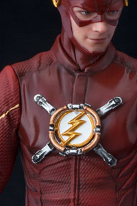 Photo du produit THE FLASH STATUETTE PVC ARTFX+ 1/10 THE FLASH HEO EU EXCLUSIVE 19 CM Photo 1