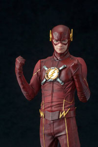 Photo du produit THE FLASH STATUETTE PVC ARTFX+ 1/10 THE FLASH HEO EU EXCLUSIVE 19 CM Photo 2