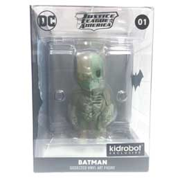Photo du produit DC COMICS FIGURINE XXRAY GID BATMAN KIDROBOT EXCLUSIVE Photo 2