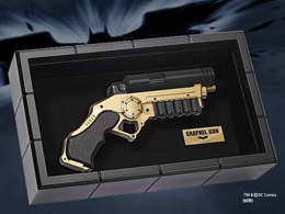 BATMAN THE DARK KNIGHT REPLIQUE 1/1 GRAPNEL GUN