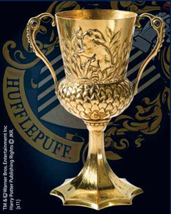 HARRY POTTER REPLIQUE LA COUPE DE HELGA HUFFLEPUFF