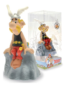 ASTERIX TIRELIRE PVC ASTERIX ON THE ROCK 20 CM