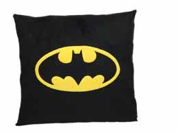 DC UNIVERSE COUSSIN BATMAN LOGO CARRE