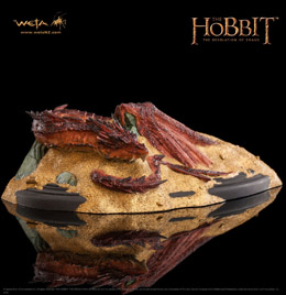 LE HOBBIT LA DESOLATION DE SMAUG STATUETTE SMAUG KING UNDER THE MOUNTAIN